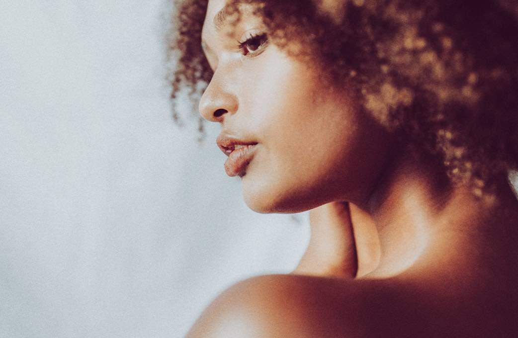 5 Afro-Haarschnitte, die du jetzt ausprobieren solltest